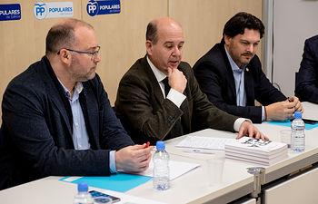 El secretario ejecutivo del PP en el Exterior, Ramón Moreno, se reúne con el secretario general de Emigración de la Xunta, Antonio Rodríguez Miranda y con el secretario general del PP gallego, Miguel Tellado