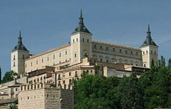 La biblioteca de Castilla-La Mancha tiene una de sus sedes en el Alcázar de Toledo
