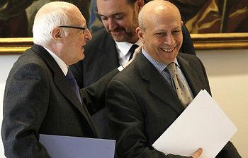 Pérez Llorca junto al ministro Wert (foto de EFE)