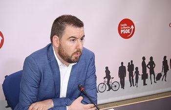 El diputado socialista en las Cortes regionales Antonio Sánchez Requena.