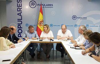 El PP de Guadalajara se ha reunido con los presidentes  nacional y regional de la Red Europea contra la Pobreza y la Exclusion  Social