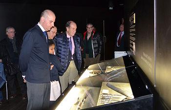 El Museo de la Cuchillería inaugura una muestra con la obra del cuchillero Juan José Martínez García
