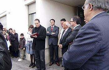 Javier Pérez presidió, junto con el alcalde de Villamuelas, Atanasio Pérez, la inauguración de una vivienda de mayores en esa localidad toledana.