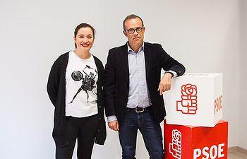 Pablo Sánchez junto a Clara López.