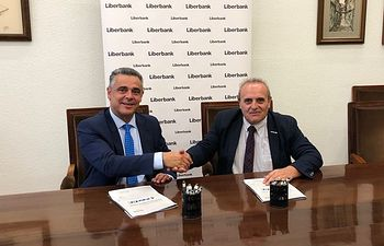 Liberbank y la segunda asociación de guardias civiles del país firman un acuerdo de colaboración