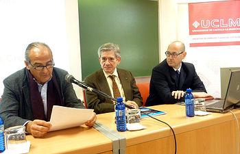 De izqda. a dcha.: Juan Ramón de Páramo, Enrique Barón y Luis Maeso.