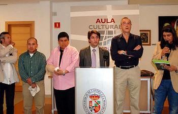 Juan José Pastor y Eliseo Cuadrao con los pintores.