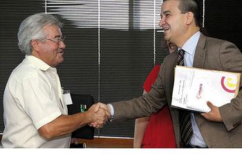 COAG Castilla La Mancha se felicita por el acuerdo alcanzado en la Interprofesional de la D.O. Valdepeñas.. Foto: COAG.