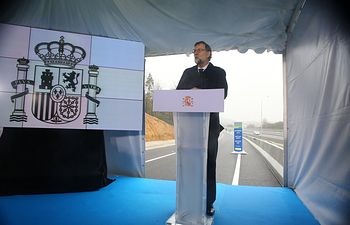 El presidente del Gobierno, Mariano Rajoy, ha presidido el acto de inauguración de las obras de la ampliación de capacidad de la AP-9 en el tramo de Santiago de Compostela.