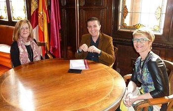 ACEPAIN mantiene un encuentro con el presidente de la Diputación de Albacete