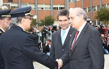 El ministro del Interior durante la toma de posesión de la nueva dirección de la Policia. Foto: Ministerio del Interior.