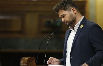 Gabriel Rufián, portavoz del Grupo Parlamentario Republicano, defiende la posición de su grupo en la sesión de investidura. Foto: POVEDANO
