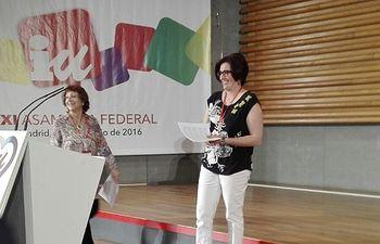 Juana Caro se encarga de la lectura del Llamamiento Político de IU en su XI Asamblea Federal
