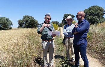 José García Molina visita los terrenos de Puy du Fou en Toledo