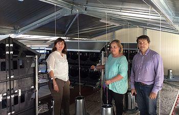 María Teresa Novillo durante su visita a la empresa 'El Kirinal'. Foto: JCCM.