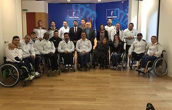 Recepción con el equipo de deporte adaptado AMIAB Albacete.