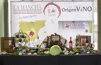 Vinos y Premios jóvenes 'DO La Mancha' en el Círculo de Bellas Artes de Madrid