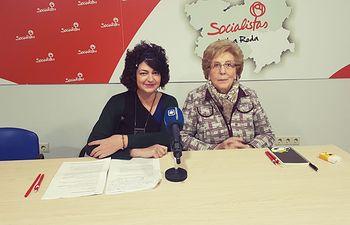 Ana María Rodríguez y Anastasia Tsackos.