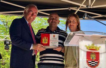 El Gobierno de Castilla-La Mancha se suma al Ayuntamiento de Santa Cruz de Mudela para reconocer la labor del sector empresarial local