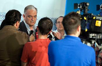 Declaraciones de Esteban González Pons a los medios de comunicación