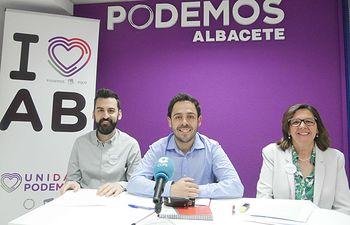 José Antonio Peñaranda, Fran Casamayor y Victoria Delicado, candidatos de Unidas Podemos por Albacete al Congreso.