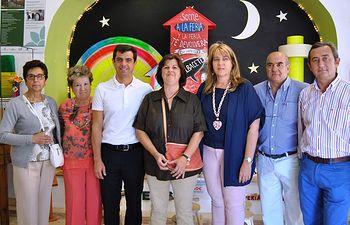 Javier Cuenca visita el stand de AFAEPS.