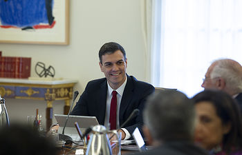 Primer Consejo Ministros Pedro Sánchez - 08-06-18 (7) - Pool MoncloaJ.M. Cuadrado El jefe del Ejecutivo, Pedro Sánchez, preside el primer Consejo de Ministras y Ministros de su Gabinete en La Moncloa.