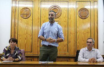 Primera reunión del candidato Rafael Lomana con simpatizantes y afiliados.