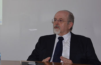 Luis Arroyo Zapatero.