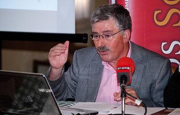 """El presidente del Consejo Económico y Social de Castilla-La Mancha (CES), Juan Antonio Mata, pronunció la conferencia """"El sector agroindustrial en cifras""""."""