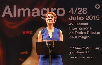 """Almagro se rinde al talento """"furiosamente singular"""" de Adriana Ozores, Premio Corral de Comedias 2019"""