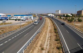 El desarrollo de nuevas infraestructuras permite acercar la población y las mercancías, generando riqueza en su entorno.