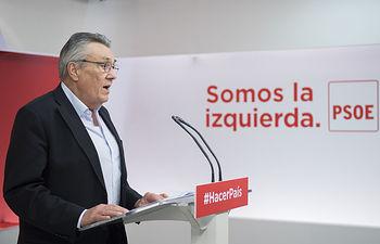 El secretario de economía Manuel Escudero mantiene un encuentro con los medios de comunicación