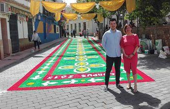 Blanca Fernández, portavoz del Grupo socialista en las Cortes de Castilla-La Mancha, y Carlos Rubio, nuevo secretario de las Juventudes Socialistas de Ciudad Real.