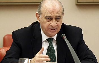 El ministro de Interior, Jorge Fernández Diaz, durante su intervención (foto: EFE)