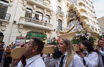 Vía Lucis por la Virgen del Rocío en Albacete