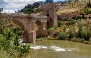 El Tajo a su paso por Toledo.