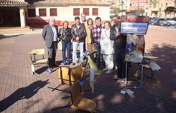 Performance recortes educativos. Foto: PSOE AB.