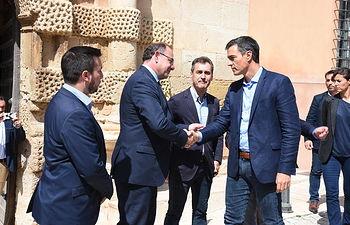El presidente de Castilla-La Mancha, Emiliano García-Page, y el presidente del Gobierno en funciones, Pedro Sánchez, visitan las zonas de Almansa afectadas por el temporal. (Fotos: José Ramón Márquez // JCCM).