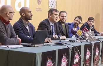 """Presentación de nueva edición de """"Por arte de magia"""", Jorge Blass (Director artistico); Pipo Villanueva (Mago); Pepo"""