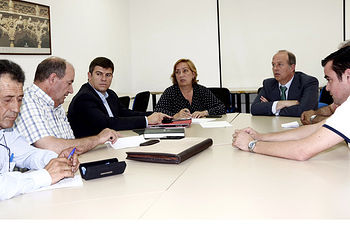 Reunión sector ajero con Consejera de Agricultura de Castilla-La Mancha. Foto: Cooperativas Agro-alimentarias.