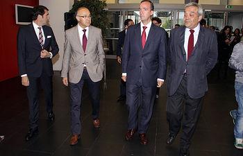Los secretarios de Estado de Seguridad y de Telecomunicaciones visitan en León el Centro de Respuesta a Incidentes de Seguridad TIC (CERT). Foto: Ministerio del Interior