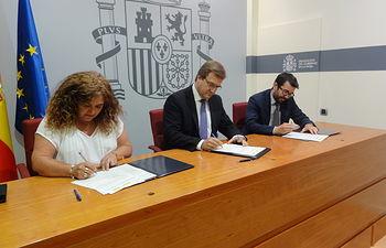 El Ministerio de Agricultura, Alimentación y Medio Ambiente recibe tres silos cedidos temporalmente a la CCAA de La Rioja. Foto: Ministerio de Agricultura, Alimentación y Medio Ambiente