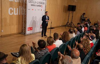 Presentación de la candidatura del PSOE de Guadalajara en el Teatro Buero Vallejo