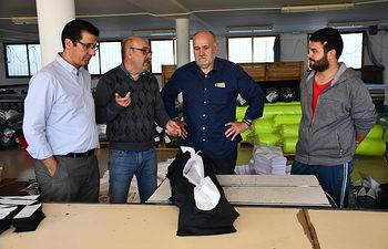 José Manuel Caballero visita varias empresas de Montiel.