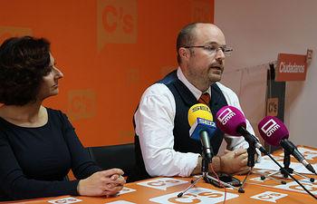 Alejandro Ruiz y Orlena de Miguel.