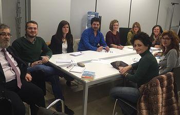 Fotografía de la primera reunión del grupo de corrección de desigualdades de los presupuestos participativos.