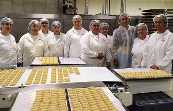Cospedal visita la fábrica de Mazapanes Delaviuda. Foto: JCCM.