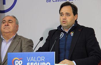Paco Núñez junto a Vicente Tirado en Toledo.