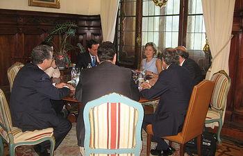 Isabel García Tejerina se reúne con la Junta Directiva de TECNIBERIA. Foto: Ministerio de Agricultura, Alimentación y Medio Ambiente